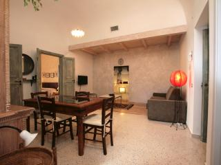 Osterio Magno: charming apt the heart of Cefalu - Cefalu vacation rentals