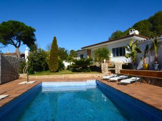 Bright 4 bedroom House in L'Escala - L'Escala vacation rentals
