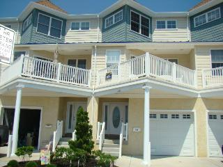 HUGE Luxury 5 Bedroom, 50 yrds from beach & boards - North Wildwood vacation rentals
