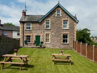 4 bedroom Cottage with Washing Machine in Glasbury-on-Wye - Glasbury-on-Wye vacation rentals