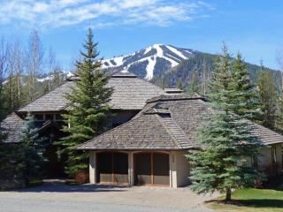 Bigwood Golf Course Gorgeous Home with Baldy Views - Sun Valley vacation rentals