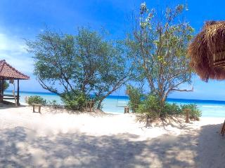 Beachfront, Villa Sunset Beach - Gili Trawangan vacation rentals