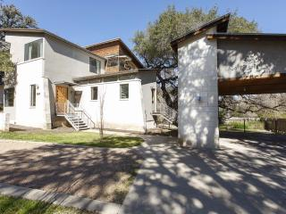 Beautiful Luxury House: 5 Mins to Downtown - Austin vacation rentals