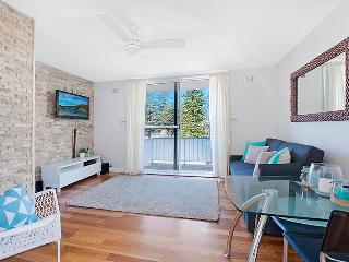 Beachside living, seconds to surf - Mona Vale vacation rentals