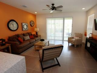 Bright 3 bedroom House in Clermont - Clermont vacation rentals