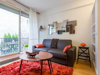 Apt with terrace near Trocadéro - Paris vacation rentals