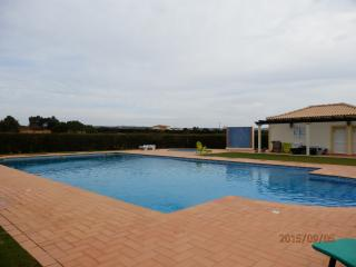 Great T2 Ap-Sea & Countryside - Olhos de Agua vacation rentals