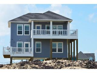 Perfect House with Internet Access and A/C - Crystal Beach vacation rentals