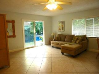 Charming 1 bedroom  house - Kailua vacation rentals