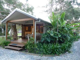 Perfect Cottage with Deck and Internet Access - Mullaway vacation rentals