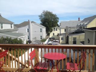 Lazy Daisy Beach Apartments - Old Orchard Beach vacation rentals