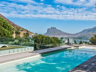 Gorgeous 5 bedroom Hout Bay Villa with Internet Access - Hout Bay vacation rentals