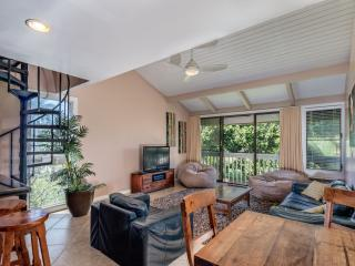 2 bedroom House with Internet Access in Kahuku - Kahuku vacation rentals