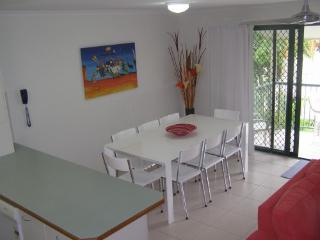 Noosa Keys - A - 2 Bedroom Apartment - Noosaville vacation rentals