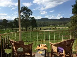 Tilbatilla - beautiful home on Hunter Valley farm - Cessnock vacation rentals
