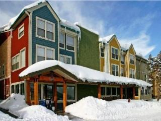The Lift Lodge Park City 2BR Condo steps to Lifts! - Park City vacation rentals