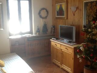 Appartamento vista lago con WI FI - Campodolcino vacation rentals