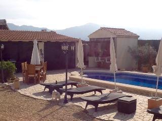 Perfect 3 bedroom Villa in Los Gallardos with Washing Machine - Los Gallardos vacation rentals