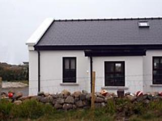 Cottage 302 Claddaghduff - Claddaghduff vacation rentals