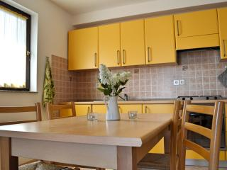 Apartment YELLOW Porat - sea view - Malinska vacation rentals