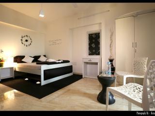 Presidential Suite (4 BHK) in kandivali east - Mumbai (Bombay) vacation rentals