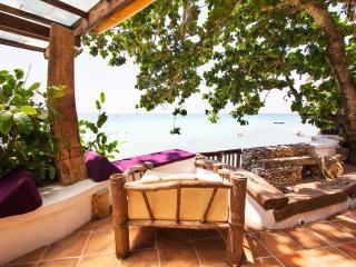 Eolia 1, house right on the beach - Boracay vacation rentals