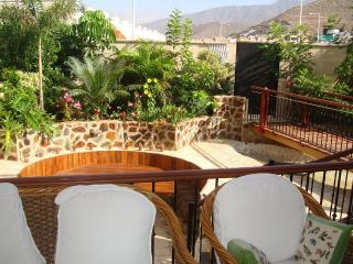 Villa with heated pool, 3 bedrooms, Costa Adeje - Costa Adeje vacation rentals