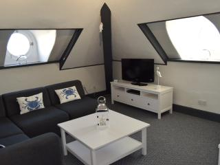 The Blenheim - ;Puffin Suite&quote; on 3rd floor - Dawlish vacation rentals