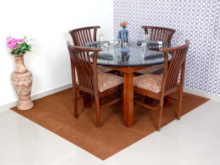 2 Bhk service apartment in Borivali east - Mumbai (Bombay) vacation rentals