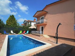 HOLIDAY HOME WITH POOL AND GARDEN - Labin vacation rentals