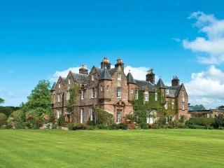 Carnell Estates - Hurlford vacation rentals