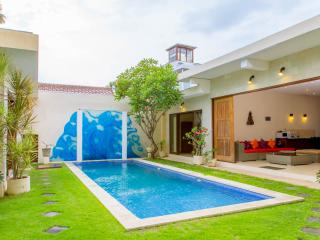 Daria Seminyak 2,3,4,5..12 Bedrooms, Hidden Paradise in the heart of Seminyak - Seminyak vacation rentals