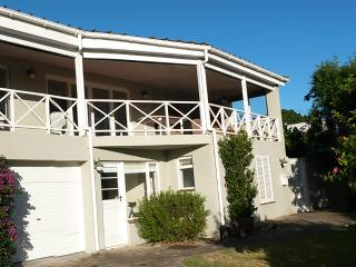 Leisure Isle, Knysna, Garden Route, S.A. Modest 5 Bedroom holiday home - Knysna vacation rentals