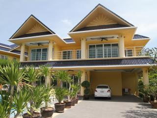 Platinum Villa 13B - Rawai vacation rentals