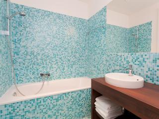 Vienna Stay Apartment Red Star Superior + Terrace - Vienna vacation rentals