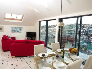 Perfect 2 bedroom Brixham Condo with Internet Access - Brixham vacation rentals