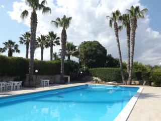 Nice Villa with Internet Access and A/C - Rosolini vacation rentals