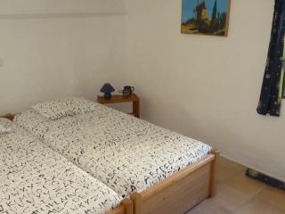 Mayaric B&B 4 in Provence - Villedieu vacation rentals