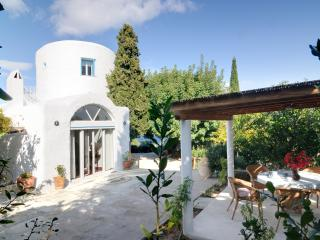 Nice 4 bedroom Villa in Spetses Town - Spetses Town vacation rentals