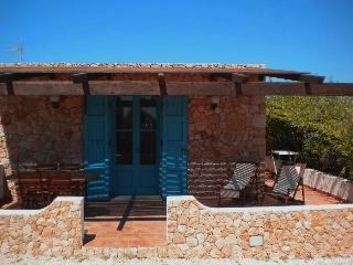 "A CASA DI MANUELA DAMMUSO ""C"" - Lampedusa vacation rentals"