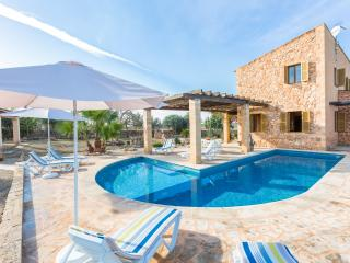 CA NA CARME - Property for 8 people in Campos - Campos vacation rentals