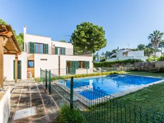 CALA BLAVA - Property for 8 people in CALA BLAVA - Cala Blava vacation rentals