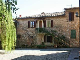 Pool access in rustic apt near Siena, Tuscany - San Rocco a Pilli vacation rentals