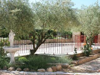 4 bedroom Villa with Internet Access in Pertuis - Pertuis vacation rentals
