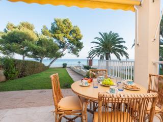 MARINERA - Property for 6 people in port dalcudia - Puerto de Alcudia vacation rentals