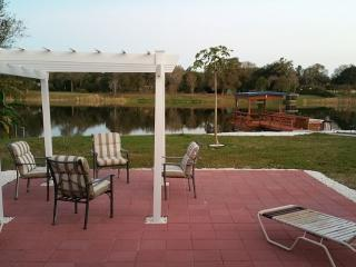 Be on water and centrally located to all the fun - Tampa vacation rentals