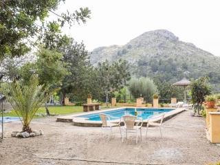 SA VALL DE CAN SEGUE - Property for 6 people in Alcudia - Alcudia vacation rentals