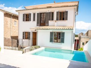 SARGANTANA - Property for 16 people in el terreno - Cala Major vacation rentals