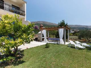 Cosy apartment with large balcony and seaview - Podstrana vacation rentals