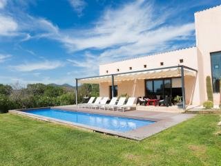 SON SARD - Property for 9 people in Costa dels Pins -Son Servera- - Costa De Los Pinos vacation rentals